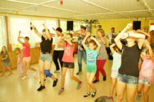 Mitmachtanz mit den Chursdorfer Tanzmädchen